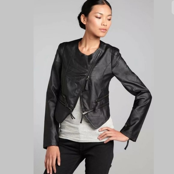 Romeo & Juliet Couture Jackets & Blazers - ROMEO & JULIET COUTURE FAUX LEATHER BLACK JACKET